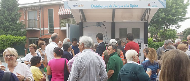 Spino d adda inaugurata la casa dell acqua for Mercatone dell arredamento spino d adda