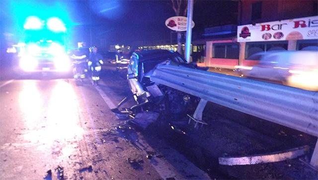 Causa un incidente e simula furto dell 39 auto denunciato for Mercatone dell arredamento spino d adda